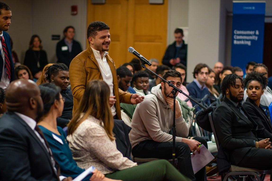 Student asks question at JPMorgan Chase Fireside Chat