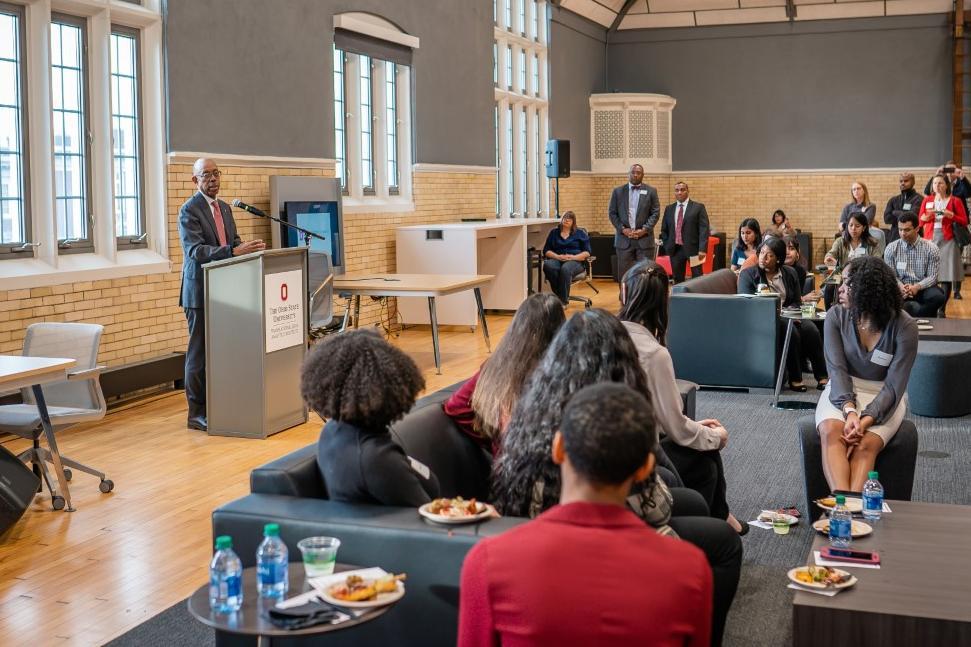 President Drake speaks to MSP Distinction Scholars