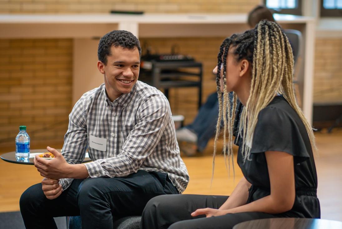 2 msp students talking